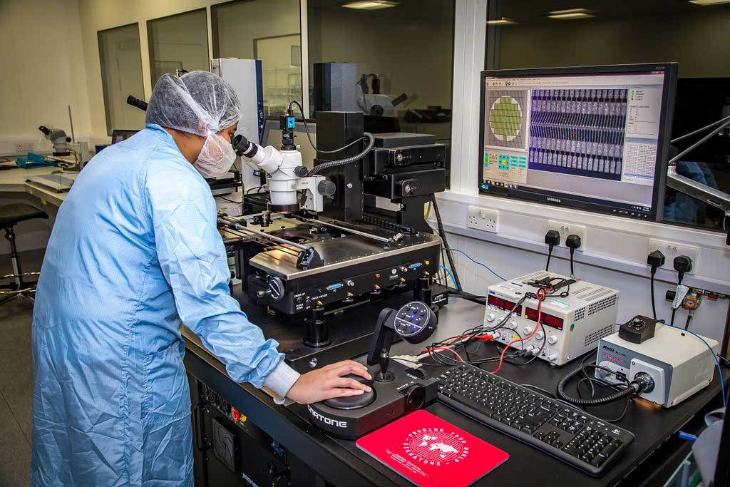 microscope examines products at PRP Optoelectronics